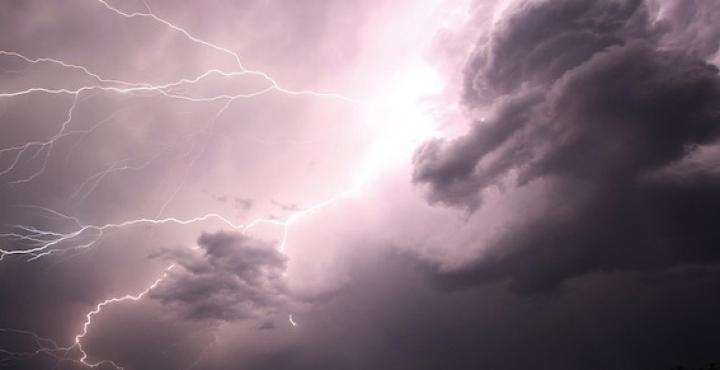 Piemonte, permane l'allerta gialla per forti temporali e grandinate